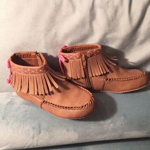 Hanna Andersson New girls moccasin booties 13